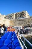 Ausschiffen einer Fähre, Valletta lizenzfreies stockfoto
