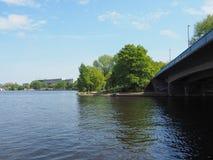 Aussenalster (lago esterno Alster) a Amburgo Immagini Stock Libere da Diritti