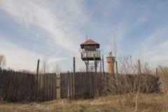 Aussichtsturm in einem verlassenen Gefängnis Lizenzfreie Stockfotografie
