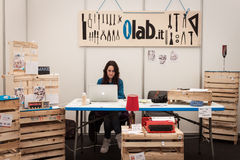 Aussteller an der Roboter-und Hersteller-Show Stockfotografie