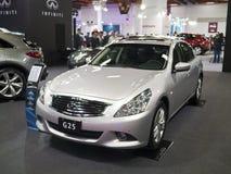 Ausstellung mit 2013 neue Autos Stockfotografie