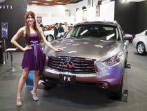 Ausstellung mit 2013 neue Autos Lizenzfreie Stockfotos