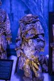 Ausstellung von Kostümen und von Stützen vom Film ` The Game von Throne ` in den Voraussetzungen des Seemuseums von Barcelona Lizenzfreie Stockfotografie