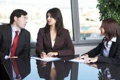Austausch von Ideen während des Trainings Lizenzfreie Stockfotografie