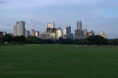 Austin, orizzonte del Texas al tramonto dal parco di Zilker fotografie stock libere da diritti