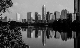 Austin Skyline Cityscape Reflection monocromatico Immagine Stock Libera da Diritti