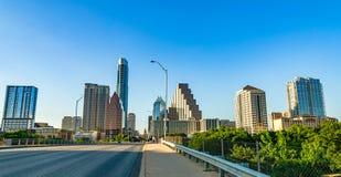 Austin-Stadtbild von Ann W Richards-Kongress-Alleen-Brücke Stockfotos