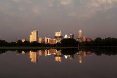 Austin Texas Skyline översvämmade Zilker parkerar Arkivbilder