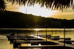 Austin Texas Town Lake Paradise no fim do cais a água no por do sol imagens de stock royalty free