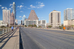 Austin, TX/USA - vers en février 2016 : Panorama d'Austin From Congress Avenue Bridge du centre photo stock