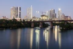 Austin van de binnenstad bij nacht, Texas stock fotografie