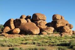 Austrália, ` s do diabo marmoreia a formação de rocha foto de stock