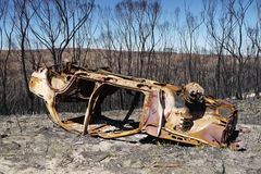 Australia bush fire: burnt car wreck h Stock Image
