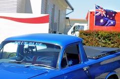 Australia dnia latania flaga Prawdziwy Błękitny samochodowy baldachim pikap Obrazy Stock