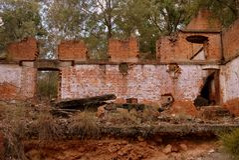 Australia: industrial ruins oil shale mine building stock images