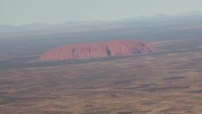 Australia, w locie nad odludziem, widok od above uluru ayers kołysa zbiory wideo
