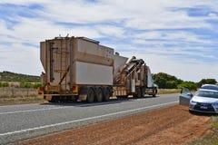 Australia, WA, transport, ruch drogowy Fotografia Royalty Free