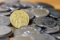 Australiano moedas ascendentes de uma pilha do fim do dólar Imagem de Stock Royalty Free