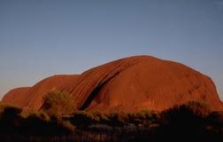 Australie : Roche du ` s d'Ayer au coucher du soleil images stock