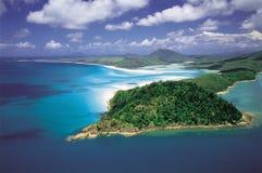 Australien: Antenne des Hügel-Einlasses u. des Whitehaven-Strandes, Pfingstsonntag-Insel stockbilder