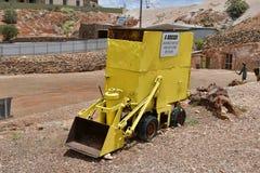 Australien, Coober Pedy, Bergwerksausrüstung Stockbilder