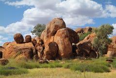 Australien, die Marmore des Teufels Stockfotos