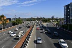 Australien WA, Perth, trafik fotografering för bildbyråer