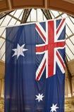 australiensisk flagga inställd vertikalt Fotografering för Bildbyråer