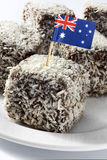 australiensiska cakeflaggalamingtons Arkivbilder