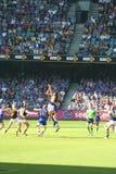 Australier ordnet Fußball an Stockbilder