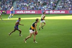 Australier ordnet Fußball an Stockbild