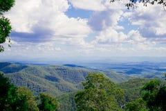 AustralierMountain View närliggande Brisbane stad i Queensland, Australien Australien är en kontinent som lokaliseras i den södra arkivbilder