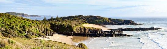 Australijczyk plażowa linia brzegowa przy 'półksiężyc głową' obrazy royalty free