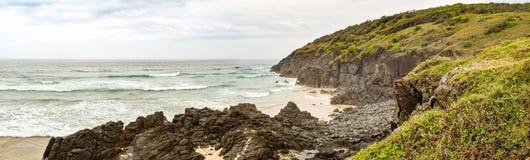Australijczyk plażowa linia brzegowa przy 'półksiężyc głową' obraz stock