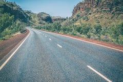 Australijska autostrada przez skał, Obraz Royalty Free