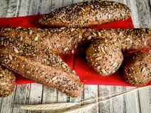 Australijski chleb robić w drewnianym piekarniku Fotografia Royalty Free