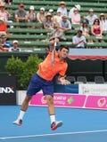 Australijski gracz w tenisa Bernard Tomic narządzanie dla australianu open Fotografia Royalty Free