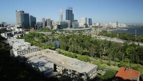 australijskich miasta królewiątek parkowy Perth linia horyzontu widok zbiory wideo