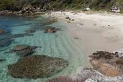 Australisch rotsachtig strand, Jervis Bay Stock Foto