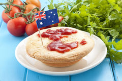 Australisch Vleespasteivoedsel Royalty-vrije Stock Afbeeldingen