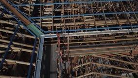Australische Baustelle-Binden- und Gossenvogelperspektive stock video