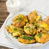 Australische Neerstortings Hete Aardappels met Zure room Stock Foto