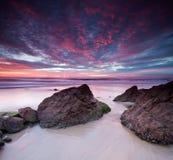Australischer Meerblick an der Dämmerung auf quadratischem Format Stockfotografie
