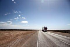 Australisches roadtrain lizenzfreies stockfoto