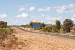 Australisk vildmark undertecknar in ovanligt landskap arkivfoton