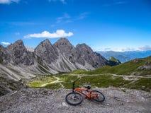 Austria, Mountainbiking w Wschodnim Tyrol - obraz royalty free