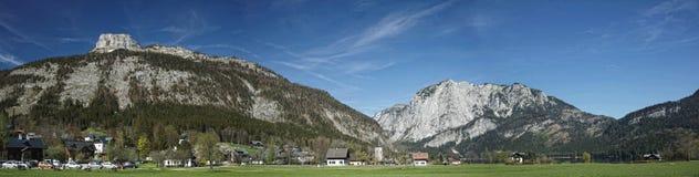 Austria Salzkammergut, Altaussee, Panoramiczny widok górski/ Obrazy Stock