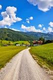Austria wiejska droga wśród malowniczych austriackich krajobrazów Zdjęcia Stock