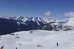 Austriaccy alps: Zima sporta region w Lienz mieście w wschodu Tir obraz stock