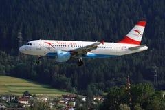 Austriacki A319 lądowanie zdjęcie stock